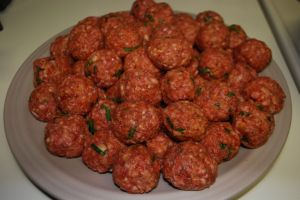 Raw lamb meatballs